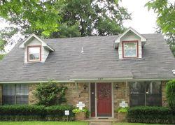 Pre-Foreclosure - E Laurel St - Hugo, OK