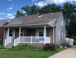 Pre-Foreclosure - 18th St - Wyandotte, MI