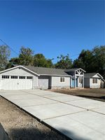 Oakdale Ave, Woodland Hills CA