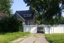 W Evelyn Ave, Hazel Park MI