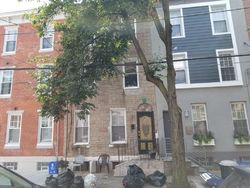 Montrose St, Philadelphia PA