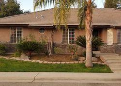 W Riverglen Ave, Reedley CA