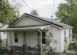 S Cumberland Ave, La Follette TN