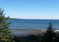 S Mckenzie Point Rd, Drummond Island MI