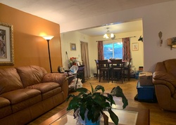 Short Sale - Dunwoody Ave - Oxon Hill, MD
