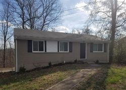 Sheriff Sale - Lintwood Dr - Clarksville, TN
