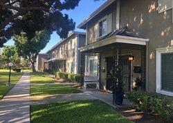College Ave, Costa Mesa CA