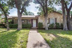 Crestview Cir, Irving TX