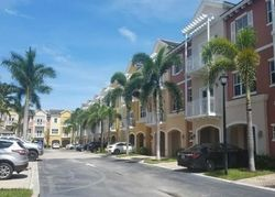 Vintage Dr, Pompano Beach FL