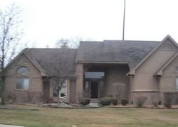 Royal Pointe Dr, West Bloomfield MI