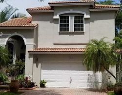 Nw 184th Way, Hollywood FL